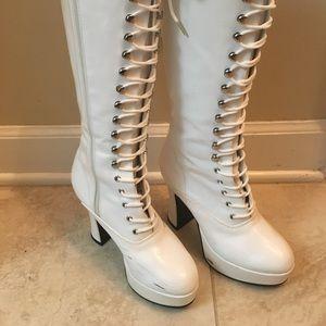 Funtasma white GoGo Boots